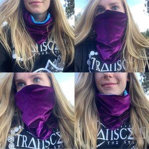 Velour face mask / reversible neck warmer
